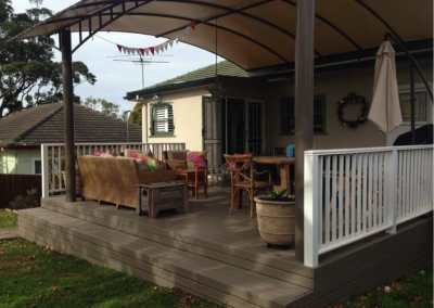 Treated pine deck (Mount Colah)
